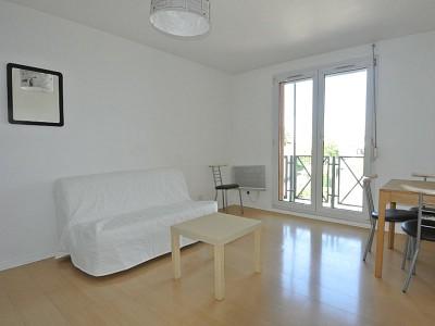 STUDIO A LOUER - LYON 3EME ARRONDISSEMENT - 25,12 m2 - 640 € charges comprises par mois