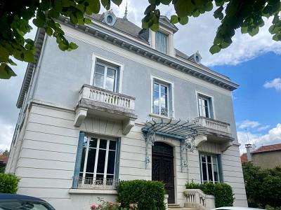 APPARTEMENT T6 A VENDRE - ST GENIS LAVAL - 139,3 m2 - 449000 €