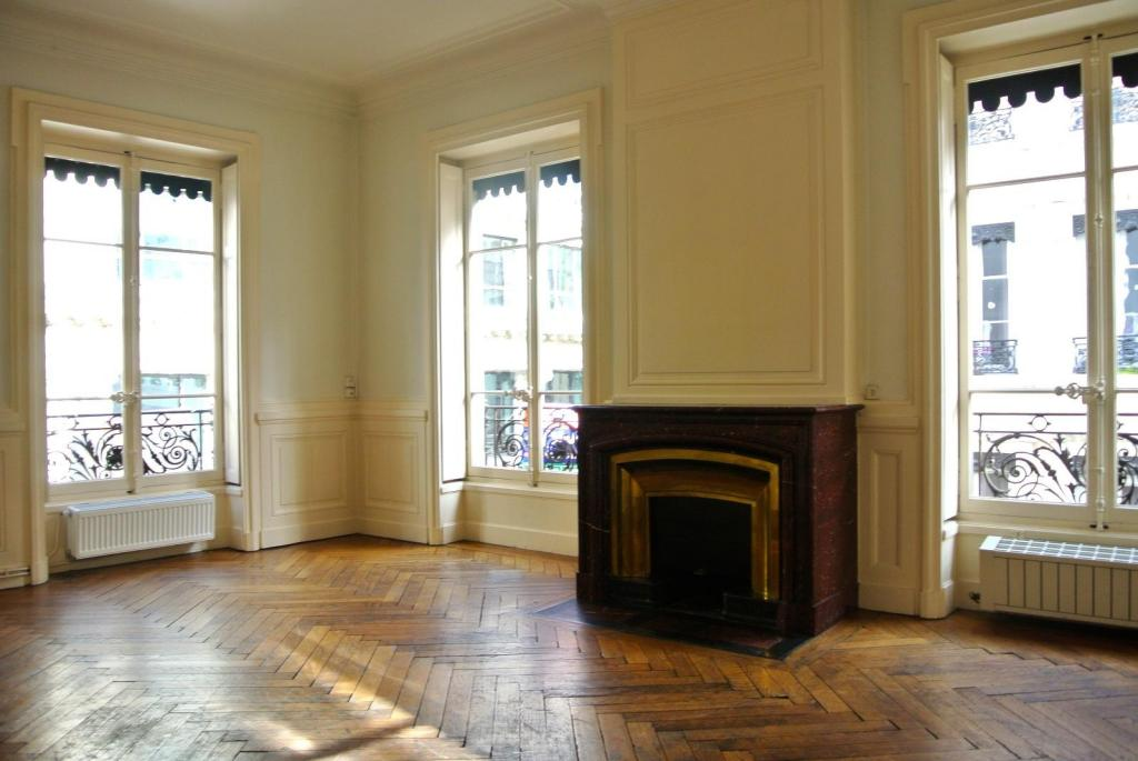 appartement t5 lyon 2eme arrondissement 141 m2 vendu immobilier lyon 2eme arrondissement. Black Bedroom Furniture Sets. Home Design Ideas