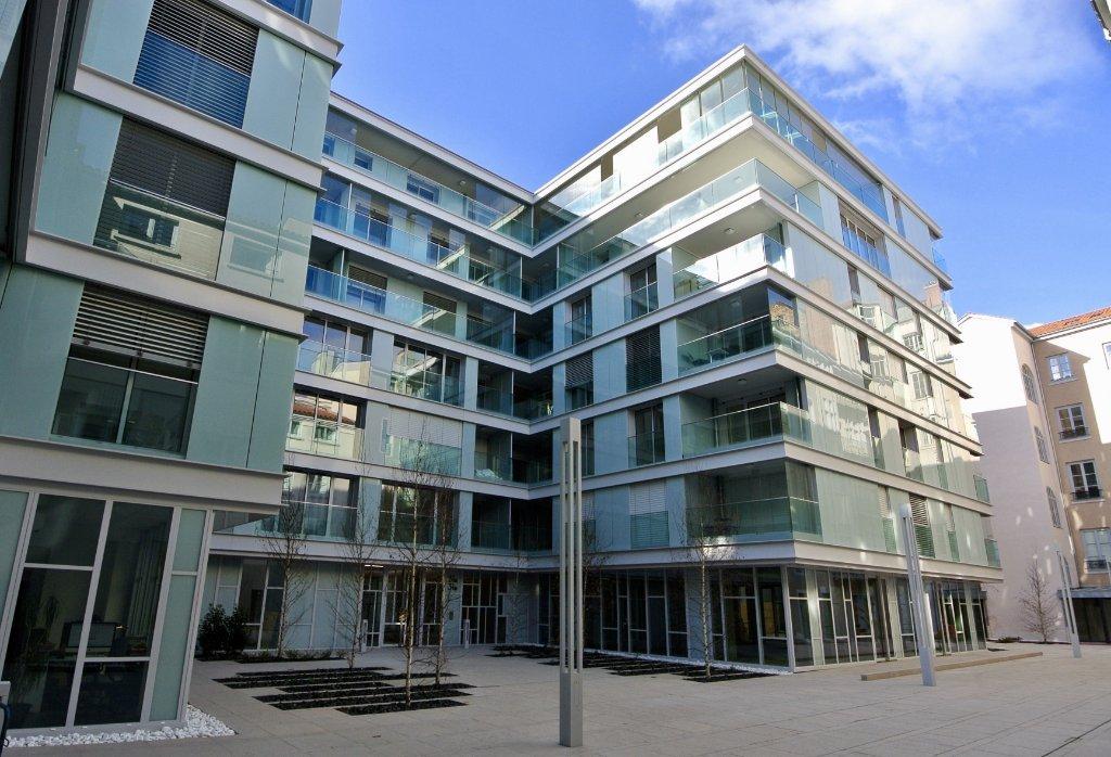 STUDIO - LYON 2EME ARRONDISSEMENT BELLECOUR - 21,76 m2 - LOUÉ