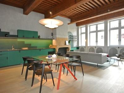 APPARTEMENT T2 A LOUER - LYON 5EME ARRONDISSEMENT LYON 5 VIEUX LYON - 77,75 m2 - 1682 € charges comprises par mois