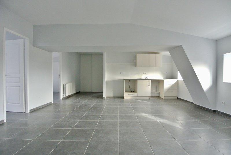 APPARTEMENT T3 A LOUER - LYON 4EME ARRONDISSEMENT LYON 4 CROIX ROUSSE - 73,27 m2 - 1314 € charges comprises par mois