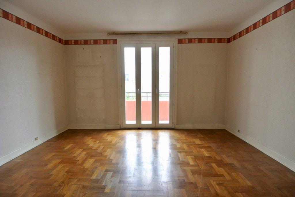 Appartement t4 villeurbanne 85 m2 vendu immobilier for Garage rue leon blum villeurbanne